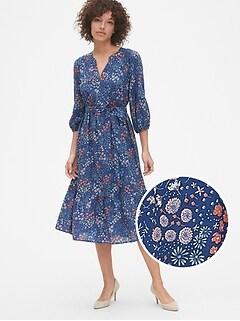 588f5b0cc2 Floral Print Three-Quarter Sleeve Tiered Midi Dress